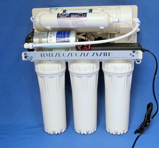 Umkehrosmoseanlage mit Pumpe Pumpe FreeFlow 400GPD 1.500 Liter Killus-Technik.de