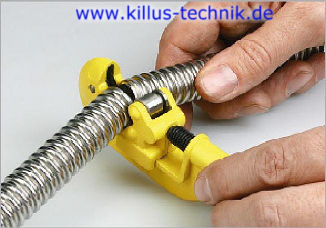 Montage (bördeln) Rattay Solar-Wellrohr schneiden Killus-Technik.de